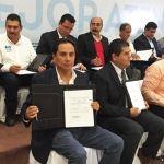 Firma alcalde de Cuerámaro convenio del Programa MAS