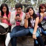 Cambian de celular por moda, no por necesidad