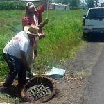 Desazolve de drenajes en comunidades
