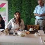 """Yulma Rocha presenta informe y se queja de """"ausencia"""" del alcalde"""