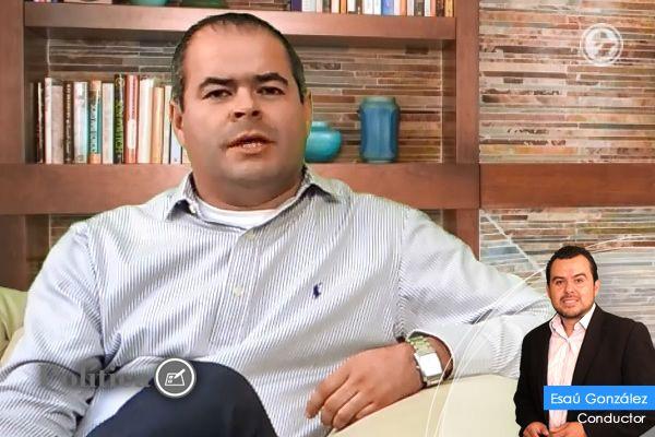 Photo of Samuel Amezola, previo a su 1er Informe de Gobierno (Notus Política)