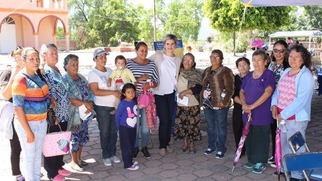 Photo of Festejan a mujeres rurales