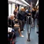 Ancianos bailan al ritmo de hip hop en el metro