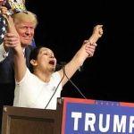 """Deportan a hispana que salió a gritar """"Yo soy latina y voto por el Sr. Trump"""""""