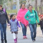 Modifican 5 escuelas de la región su horario por el frío