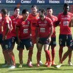 """""""Trinca"""" deja escapar su pase a liguilla; pierde 4-1 ante Querétaro"""