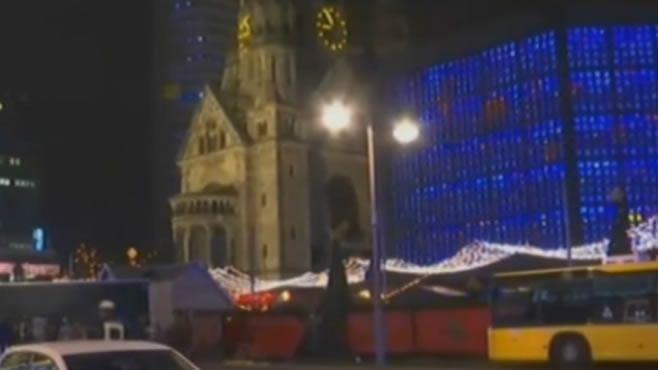 Photo of Mata a 9 en Berlín y deja 50 heridos, los atropella
