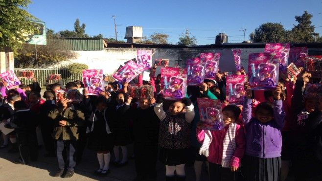 Photo of Entregan más de 5290 juguetes a niños de primarias y preescolares en este regreso a clases