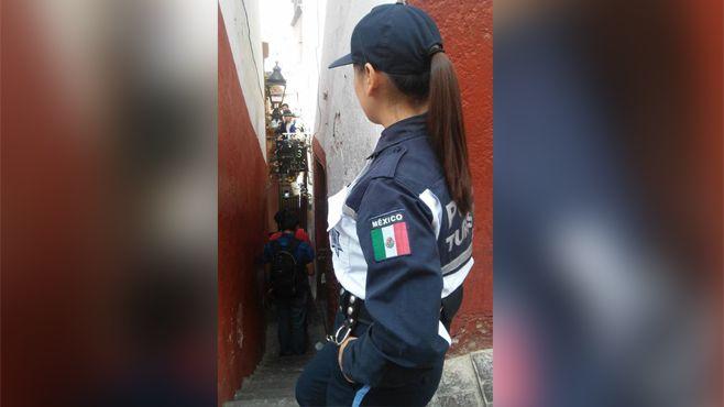 Photo of Policía turística trabaja para brindar seguridad a nuestros visitantes