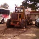Mantenimiento Vial realiza trabajo en calles de la ciudad