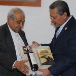 Sostienen entrevista el alcalde Ricardo Ortiz y el obispo de Irapuato, Monseñor José de Jesús  Martínez Zepeda