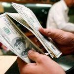 Dólar se vende hasta en 21.95 pesos en el AICM