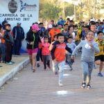 """Corren en la """"Carrera de la Amistad"""", en Abasolo"""