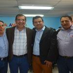 Moy Cortéz firma convenio del programa Mejor Atención y Servicio (MAS)