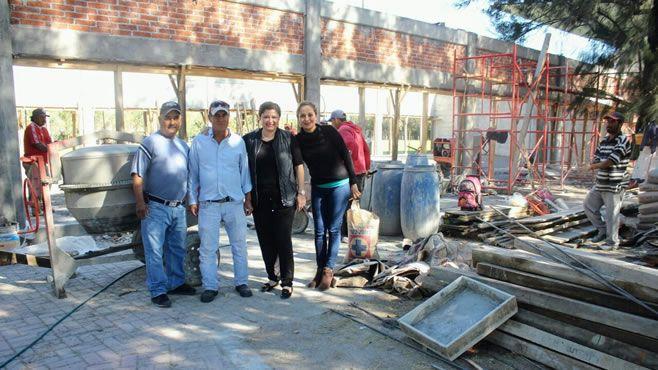 Photo of Supervisa alcaldesa avances de la construcción del GYM para mujeres