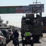 Crean ruta alterna para bajar afluencia vehicular en Lázaro Cárdenas