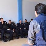 """Elementos policiacos reciben la plática del """"Programa de Atención y Reeducación a Hombres"""""""