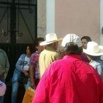 """""""Niegan"""" acceso a ancianos de 65 y Más en Casa Salvador Campos, en Pénjamo"""