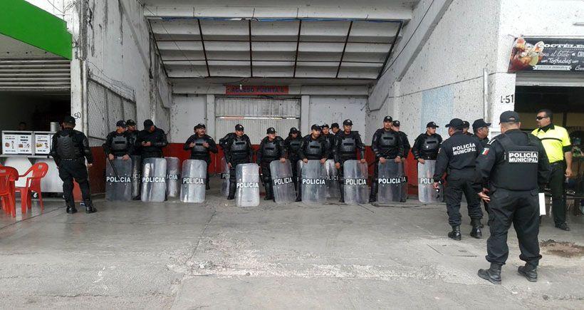 Photo of Policía resguarda partido de la Trinca-Celayense para evitar desmanes