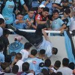 Fallece aficionado argentino que fue aventado desde las tribunas