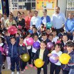 Entrega DIF y presidencia juguetes por celebración del dia del niño