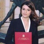 Hija de mafioso se quita la vida porque nadie asistió a su graduación universitaria