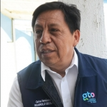 Nombra Ricardo Ortiz al Prof. Carlos Hernández director de una Unidad Deportiva
