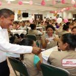 Reconoce alcalde valor, labor y sacrificio de las mamás en su día