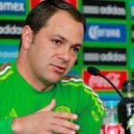Santiago Baños candidato para suplir a Peláez en América