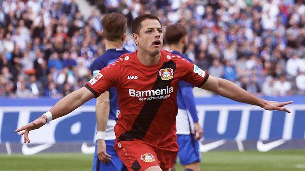 "Photo of ""Chicharito"" cierra la temporada anotando un gol con su ""sello personal"""