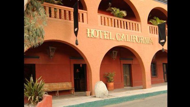 "Photo of ""The Eagles"" demanda a Hotel California por el uso del nombre"