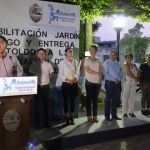 Inauguran rehabilitación del jardín hidalgo y entregan toldos a comerciantes