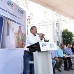 """Ponen en marcha el gobernador MMM y el alcalde Ricardo Ortiz, el programa """"pinta tu entorno vertical"""""""