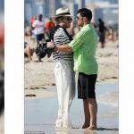 Revelan imágenes de Ricky Martin interpretando al amante de Versace