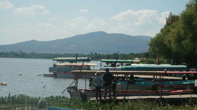 Photo of Paseo en lancha desde 30 pesos en Laguna de Yuriria