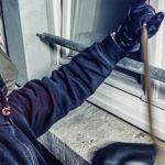 Ladrón forzó ventana de una casa… ¡sin puerta!