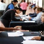 Realizan 3er pago de apoyos económicos educativos