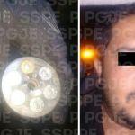 Detienen en Irapuato a un hombre en posesión de un arma y varios cartuchos útiles