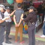 Montada detiene en pleno Centro Histórico a menor por intento de robo