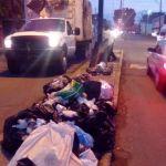 Grave el problema de basura depositada en camellones de 4 grandes vialidades: Saúl Manríque