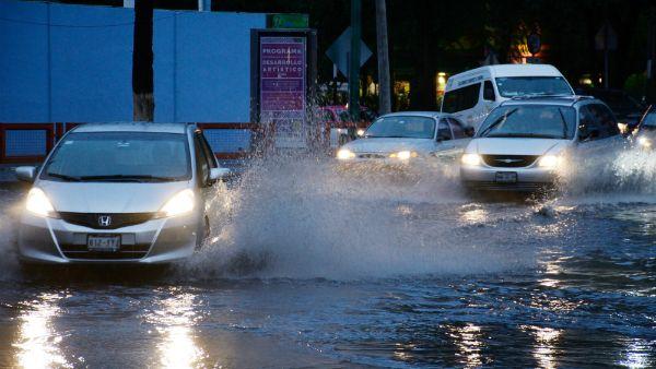 Photo of Atienden cuerpos de emergencia afectaciones por lluvias en tres municipios de la entidad