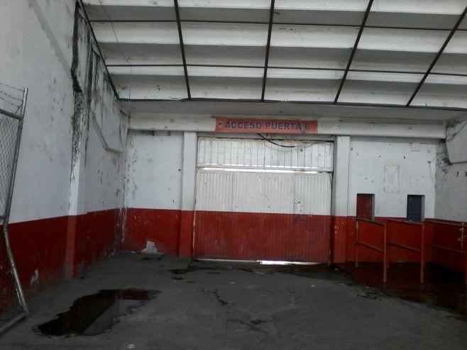 Usan de ba o y dormitorio puerta 6 de estadio irapuato for Puerta 6 estadio newells