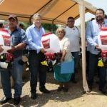 Benefician a productores del campo en Huanímaro