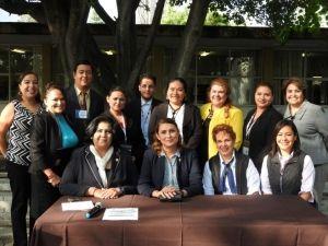 Profesores que impartiraěn el taller y autoridades de CECyTE y UG