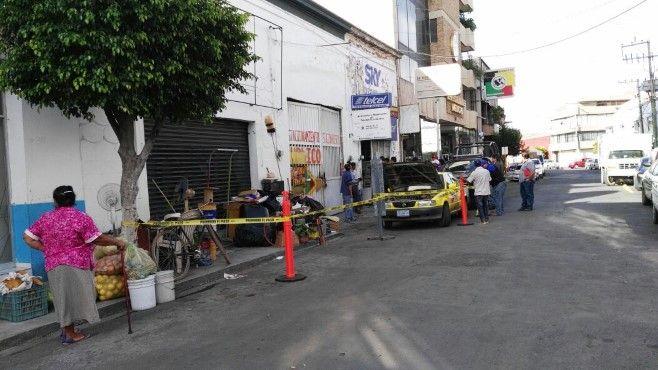 Photo of Desalojan locales en calle Ignacio Allende por supuesta falta de pago