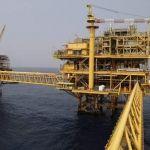 Pemex desplaza plataformas petroleras por huracán Harvey