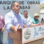Samuel Amezola da banderazo de inicio de 3 urbanizaciones