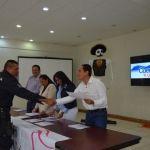 Entrega Alcalde  reconocimientos a  funcionarios que participaron en programa a favor de equidad de género