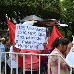 Antorchistas se manifiestan en informe de Ricardo Ortiz