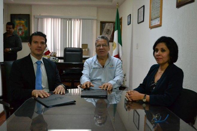 Photo of Huanímaro firma convenio de colaboración con la PDHEG